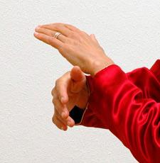 nb-hands-4
