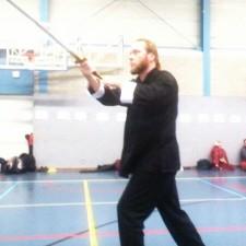 Alwin Wubben tijdens zijn solo-zwaardvorm