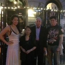 Grootmeester Chen en zijn gezin. Foto: Grandmaster William C. C. Chen